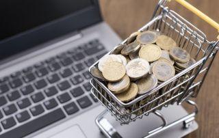 carrinho com moedas