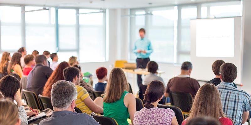 Saiba mais sobre os eventos corporativos como o Curso