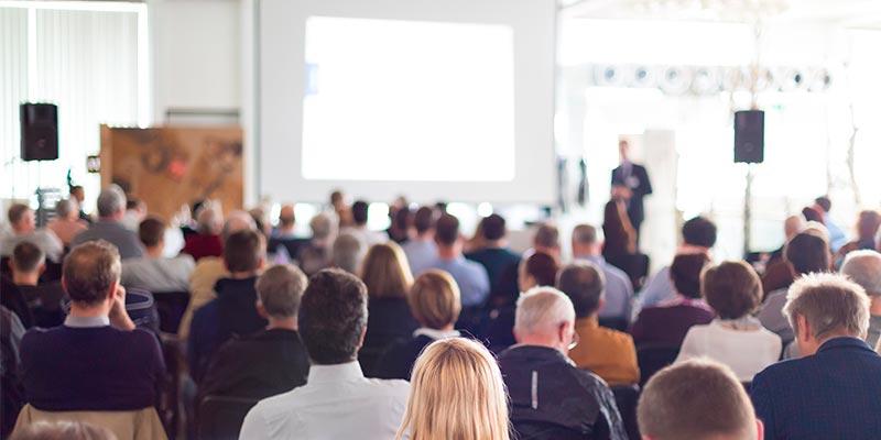Saiba mais sobre eventos corporativos como o Seminário
