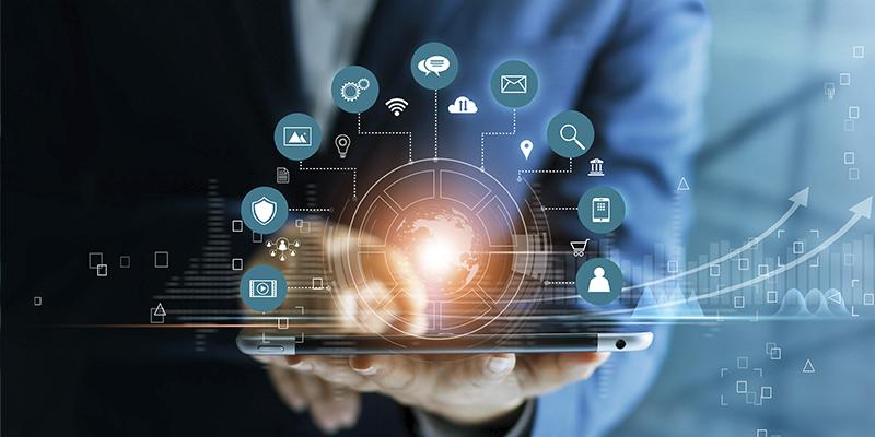 empreendedor usando tablet